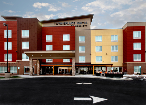 Cloud5 Communications Designs & Builds WiFi Network for the New TownePlace Suites by Marriott at Louisville Airport
